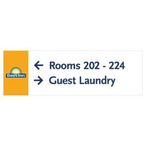 #90913 Days Inn Hotel Directional Signage