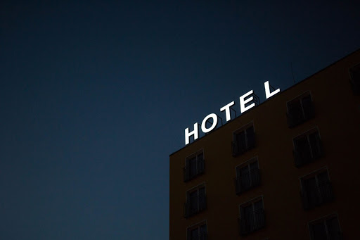 hotel-fire-safety-door-signage-is-important-heres-why_identity-group